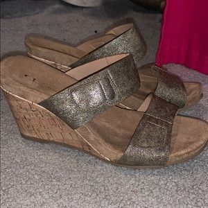 double strap, Chinese laundry wedges. NEVER WORN!